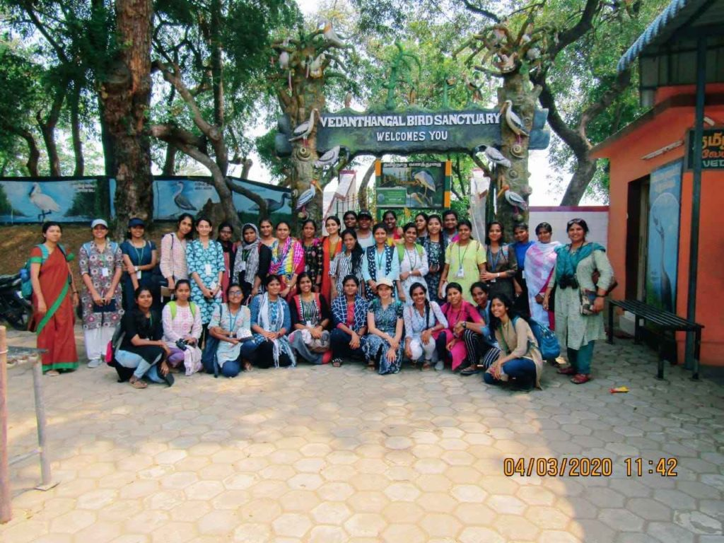 This image has an empty alt attribute; its file name is On-a-field-trip-with-students-to-Vedanthangal-1_11zon-1024x768.jpg
